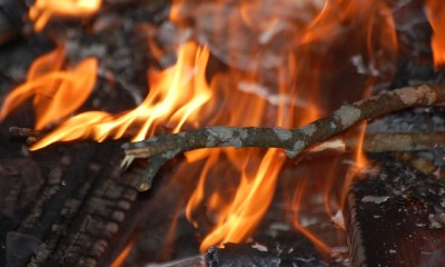 campfire-649288_640