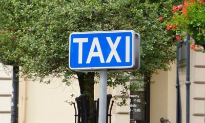 taxi-362638_960_720
