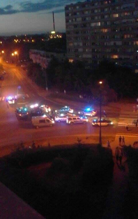 Interwencja policji w niedzielny wieczór (fot. nadesłane/Daria Pruska)