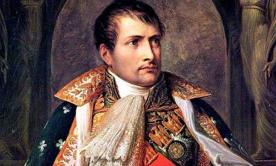 Napoleon-bonaparte_2763098b