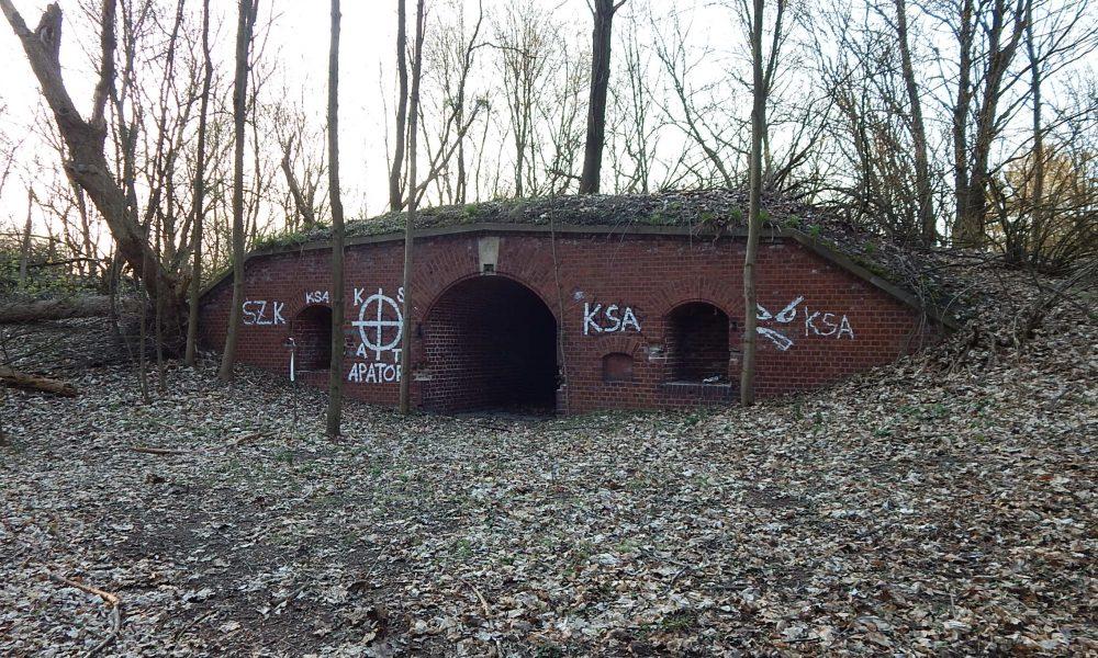 Remiza artyleryjska Fort VII