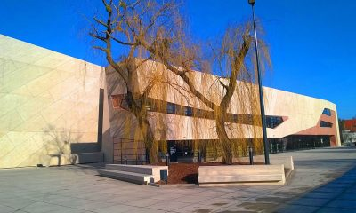1200px-Centrum_Kulturalno-Kongresowe_Jordanki_w_Toruniu9