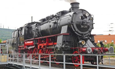 steam-locomotive-2369037_960_720