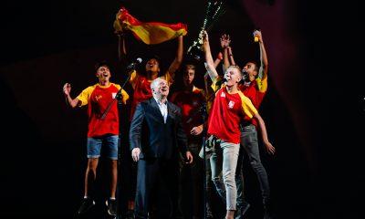 zakończenie_drużyna z Hiszpanii_puchar fair play (1)
