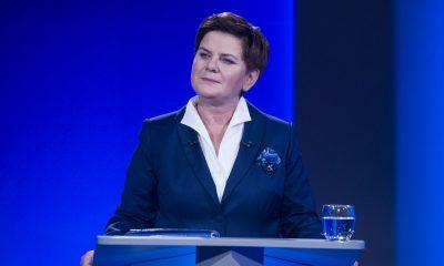 -Rozmowa_o_Polsce-_-_debata_Premier_Ewy_Kopacz_z_Beatą_Szydło,_19.10.2015_(22123407729)