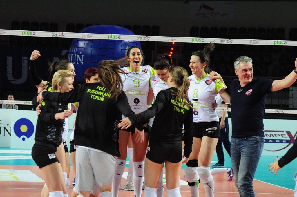Pod wodzą Mirosława Zawieracza Poli Budowlane pokonały czwartą drużynę poprzedniego sezonu, Impel Wrocław! (fot. Bartosz Tomczak/chillitorun.pl)