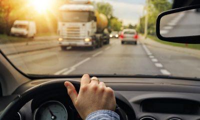 Jazda defensywna, czyli jak prowadzić samochód bezpiecznie i odpowiedzialnie
