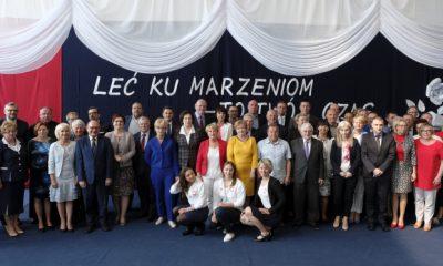 Szkoła Podstawowa Nr 35 w Toruniu ma nowe imię (fot. Wojciech Szabelski/torun.pl)