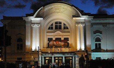 Znak Kiss&Ride jest usytuowany tuż obok teatru im. Wilama Horzycy (fot. archiwum)
