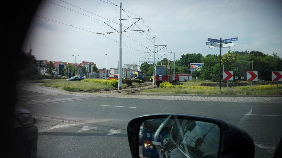 Wypadek przy końcu ul.Kraszewskiego (fot.nadesłane)