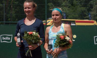 Barbora Krejcikova (z lewej) wygrała turniej Bella Cup (fot. torun.pl)