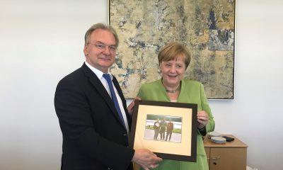 pp. Merkel i Haseloff foto