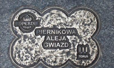 1280px-Piernikowa_Aleja_Gwiazd_Torun_beax-1000x600