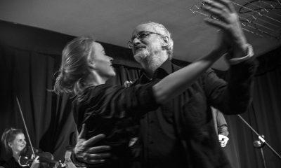 """2017/10/13 Torun Teatr wilama Horzycy w Toruniu. Kabaret """"Loza Kopernika"""" w kawiarni teatralnej Wejsciowka. Fot. Wojtek Szabelski / freepress.pl"""