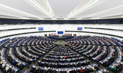 1200px-European_Parliament_Strasbourg_Hemicycle_-_Diliff