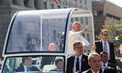 pope-2377985_960_720